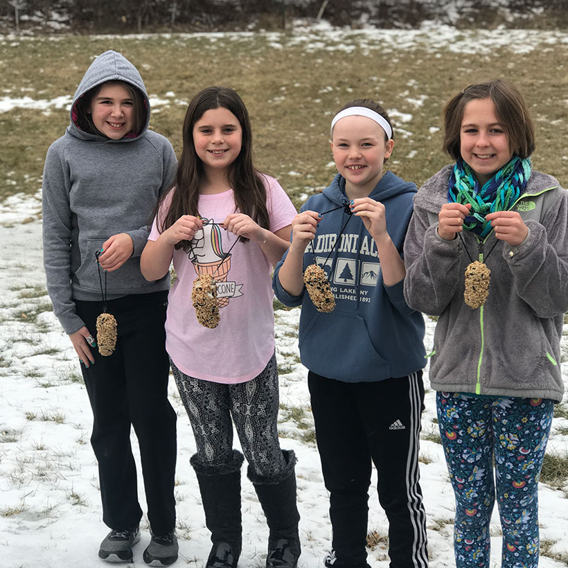 Fifth-graders make bird feeders
